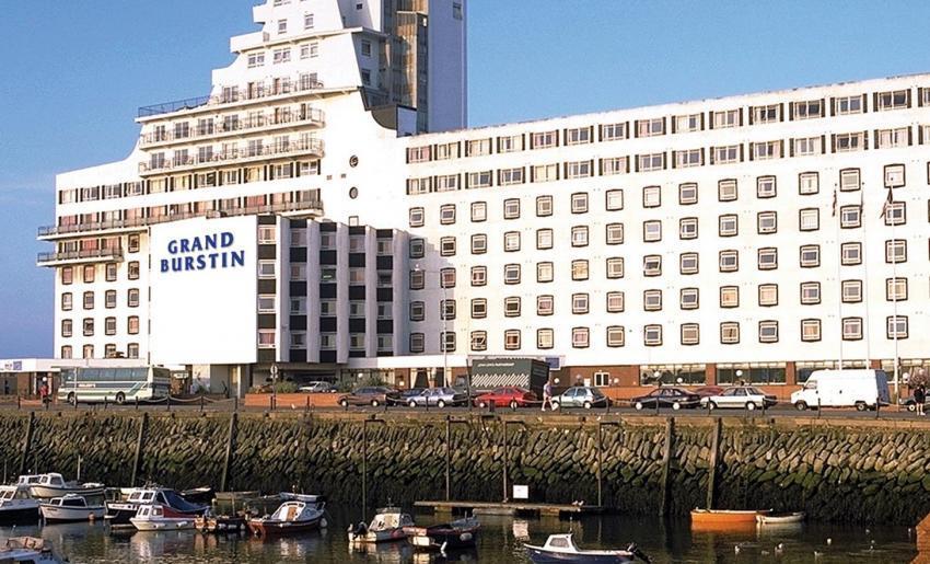 The Grand Burstin Hotel