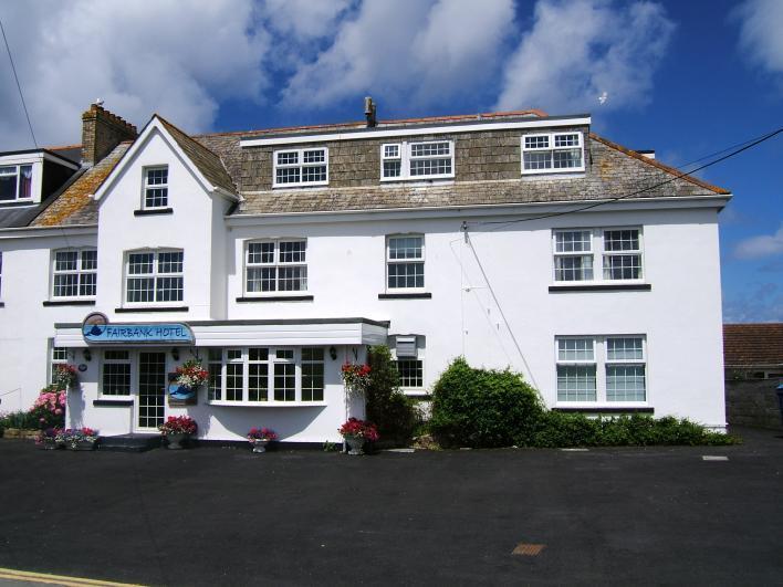 Fairbank Hotel situated next to the stunning Crantock beach - Fairbank Hotel