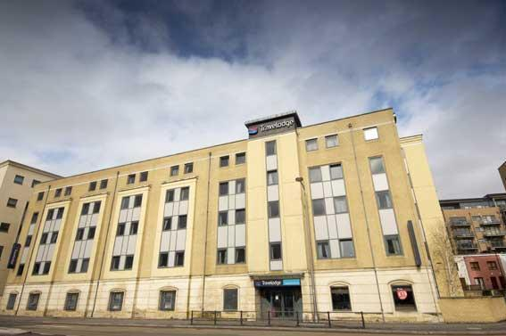 Travelodge Bristol Central budget hotel Well appointed Bristol hotel set close to the Universities and Bristol Hippodrome.