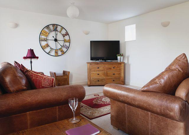 The Dutch Barn Stylish barn conversion ideal for relaxing breaks to the Peak District.