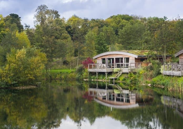 Brompton Lakes Lodges Isabella