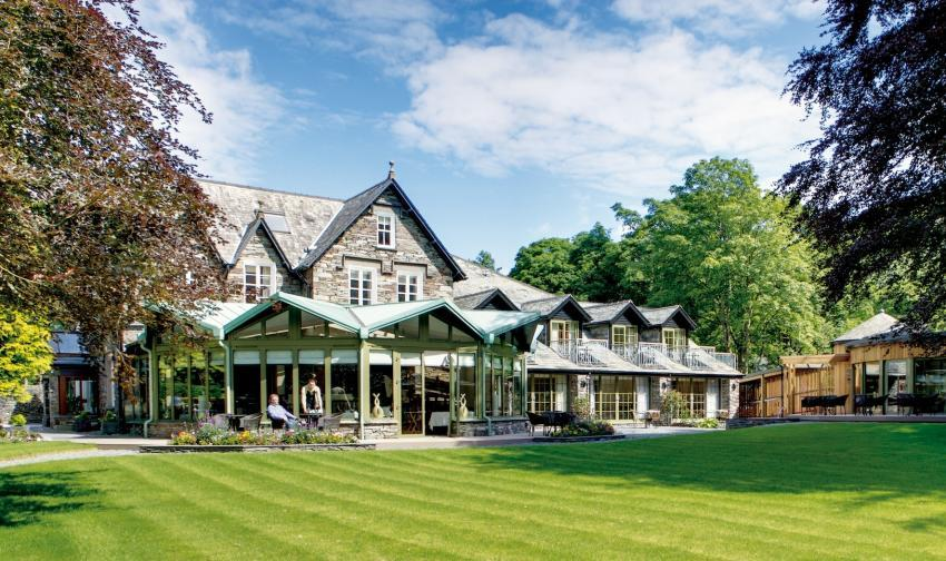 Set in over 2 acres of lawns and gardens - Rothay Garden Hotel