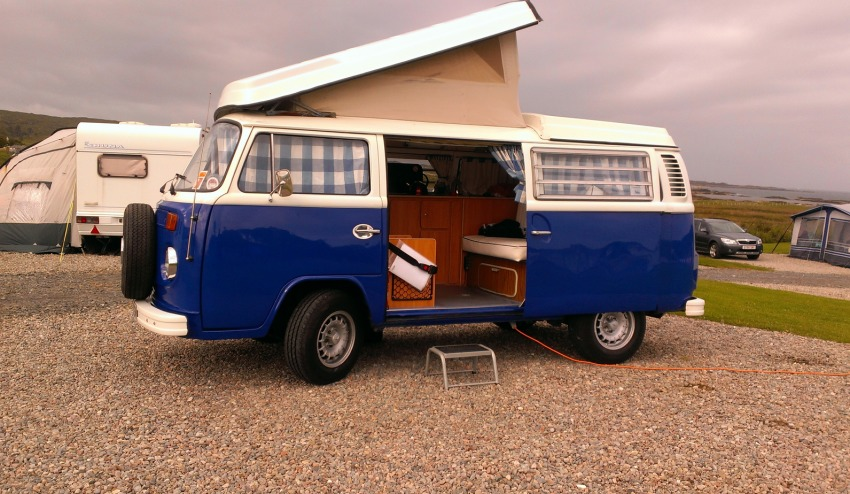 Sunnyside Classic VW Camper Hire Bluebell 1973 Classic lift top VW