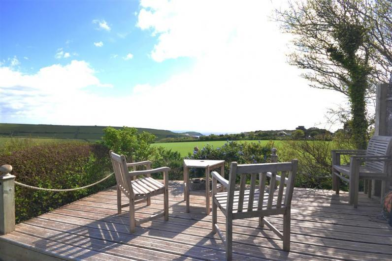 Kimberley Garden Cottage Kimcot deck - The sundeck from which there are fantastic views towards the sea