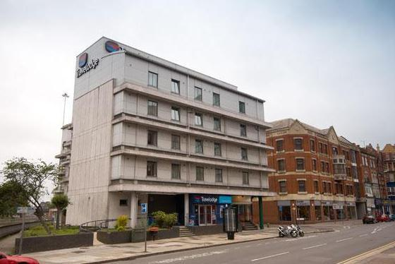Travelodge Reading Central Hotel Conveniently located in the centre of Reading with great transport links
