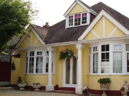 Clovelly Guest House