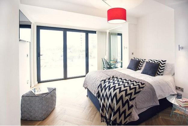 Stylish and spacious double bedroom - George24