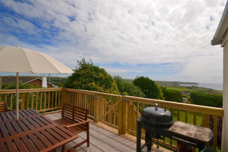 deck - The deck, with sea views - Wagtails