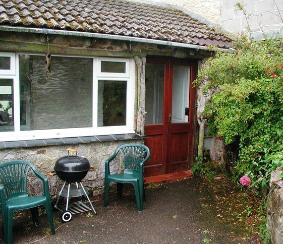 Poachers Cottage - sleeps 2. A favourite with couples. - Poachers Cottage
