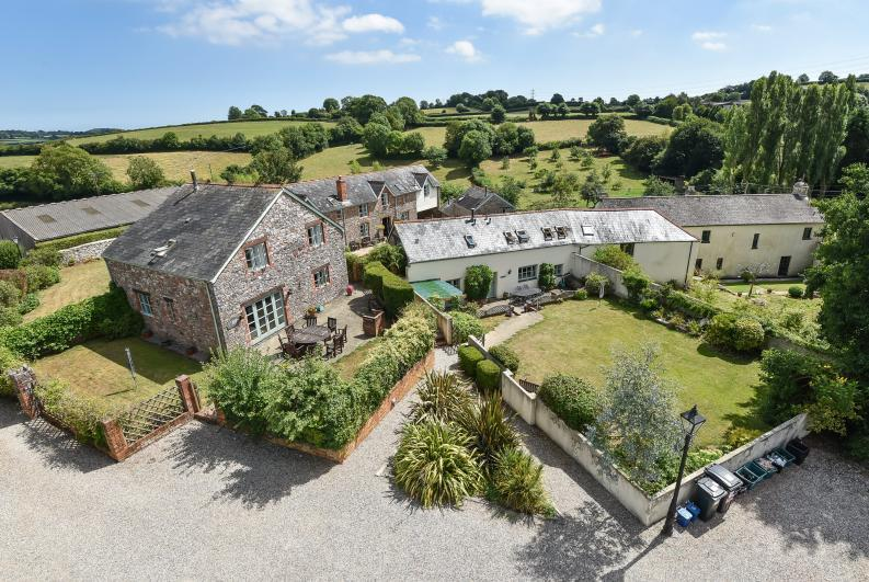 Aerial view showing Hameldown and Huccaby - Huccaby Cottage