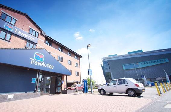Travelodge Warrington budget hotel Exterior