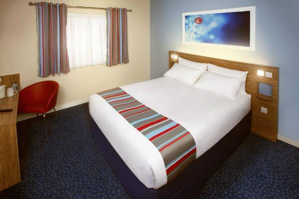 Travelodge Hull Central Hotel One of our contemporary double guest rooms.
