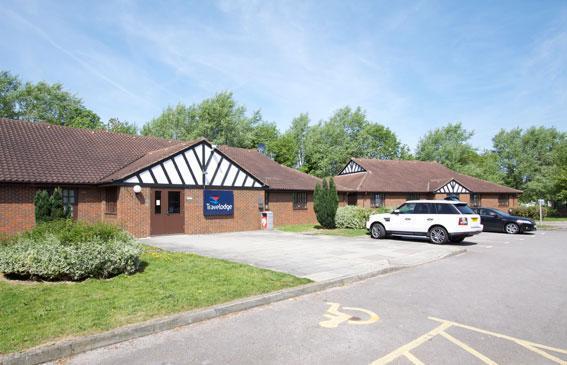 Travelodge Crewe Barthomley budget hotel Exterior view