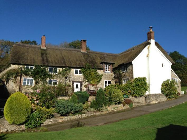 Quakers Annexe Quakers Annexe - sleeps 4, a self-contained wing of the main farmhouse.