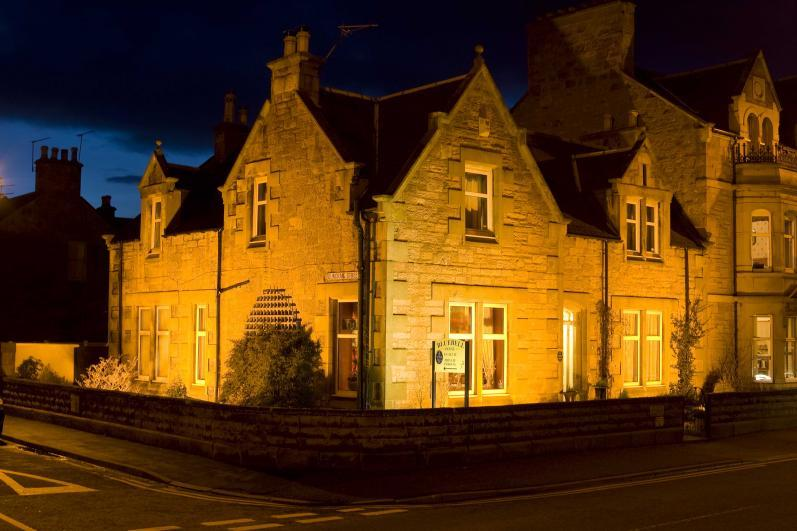 Bluebell House Luxury B&B The guest house at night