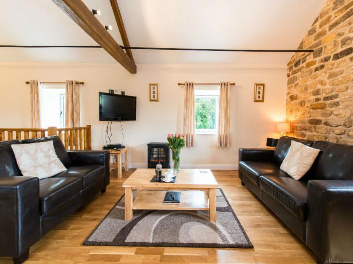 Woodland Cottages Holly Cottage Lounge