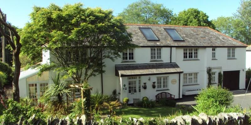 Orchard Lodge Bed & Breakfast Orchard Lodge b&b, located in the peaceful village of Boscastle.