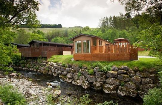 Esthwaite Holiday Lodge Beautiful river bank location.