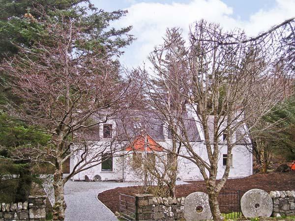 - Lag-Uaine Cottage