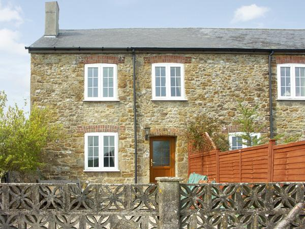 - Crabbs Bluntshay Holiday Cottage