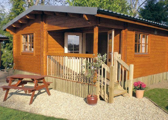 Hoseasons Crewkerne: Oat Hill Farm Holiday Lodges - Hoseasons Crewkerne: Oat Hill Farm Holiday Lodges