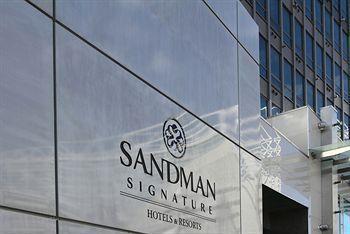 Sandman Signature Hotel Exterior