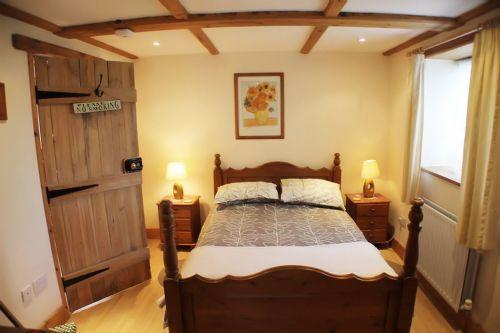 1 Hazelwood Lodge Surprisingly spacious master bedroom with garden views
