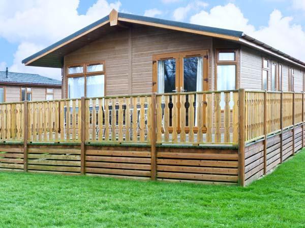 - Gressingham Two Cabin