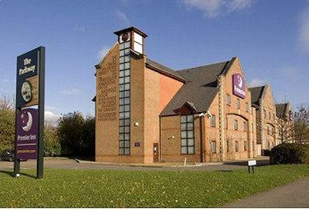 Premier Inn Guildford Central - Premier Inn Guildford North (A3)
