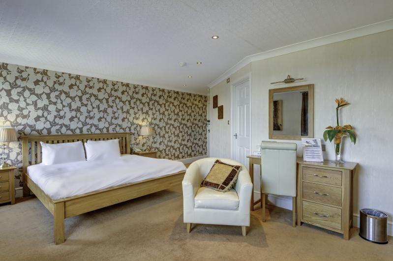 BEST WESTERN The Lord Haldon Hotel