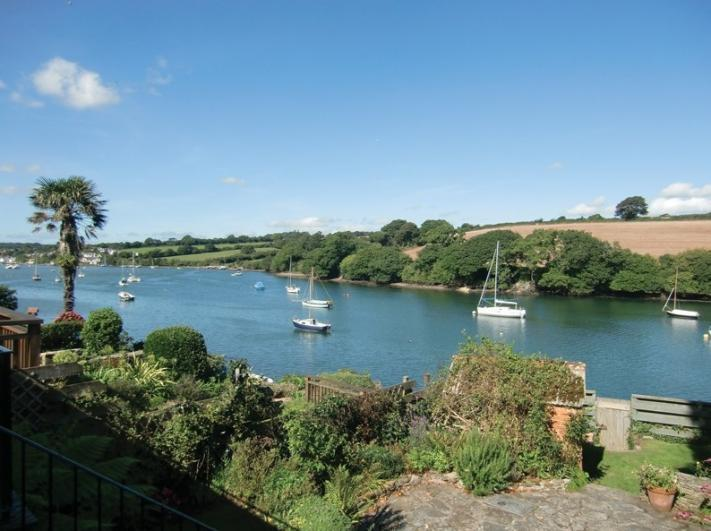 - Chylorden Holiday Cottage