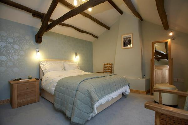 Rose Cottage - Master Bedroom - Rose Cottage