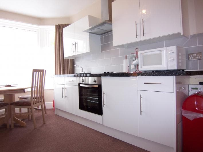 Flat 3 At Darwyn House Flat 3 with brand new fully fitted kitchen.