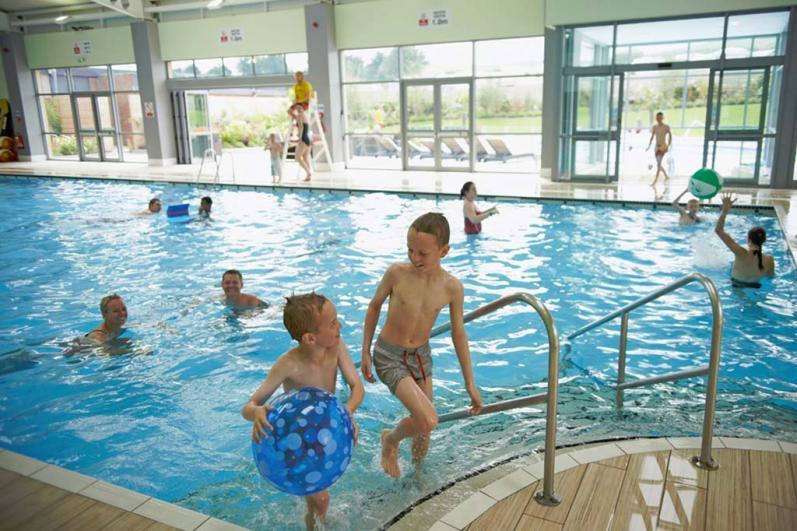 Indoor pool - Haven Holidays Reighton Sands Holiday Park