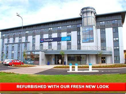 The exterior of the Blackpool South Shore Hotel close to the Football Ground & Promenade.  - Travelodge Blackpool South Shore budget hotel
