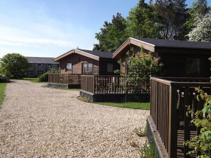 Lancombe Country Cottages & Lodges