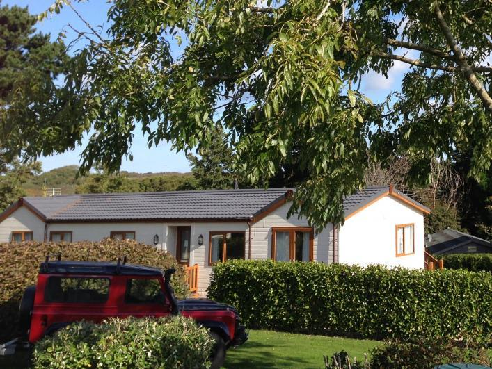 Silver Sands Holiday Park Lodge Silver Sands A 4 bedroom deluxe holiday lodge sleep 8/9