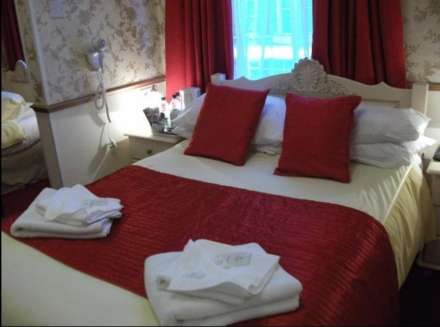 Brema Hotel Double Ensuite sleeps 2 persons