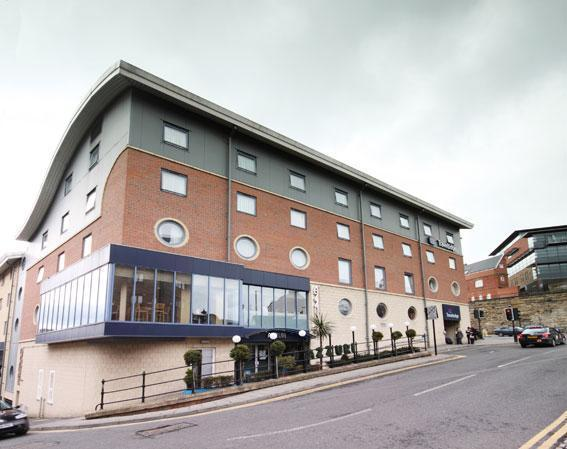 The exterior of the Travelodge Central Newcastle Hotel.  - Travelodge Newcastle Central Hotel