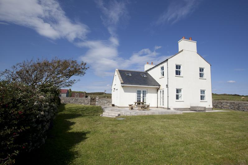 Sheerghlass Cottage Luxury 5 Star cottage on the Isle of Man, just 5 minutes' drive from Castletown. Sleeps 4.