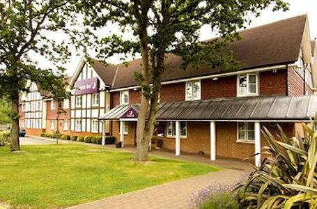 Premier Inn Gatwick (Crawley) - Premier Inn Gatwick Airport East (Balcombe Road)
