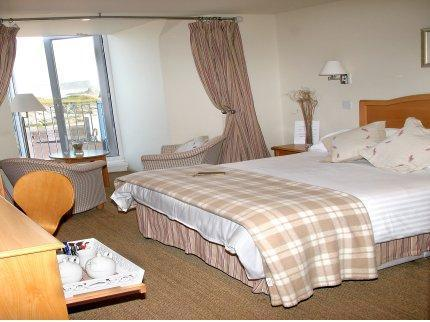 - Glendorgal Hotel