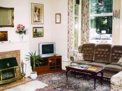- The Earlsmere Guest House