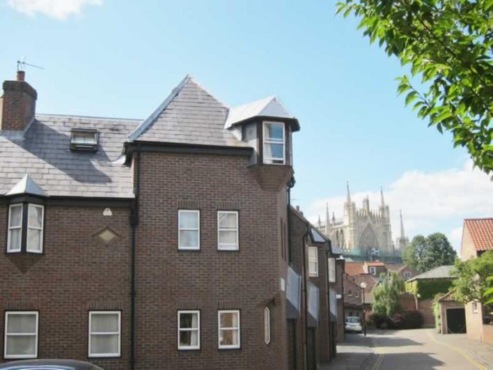 1 Turks Head Court - York Holiday Homes