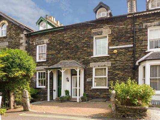 No. 16 (Ref 3791) - Family Holidays with Sykes Cottage