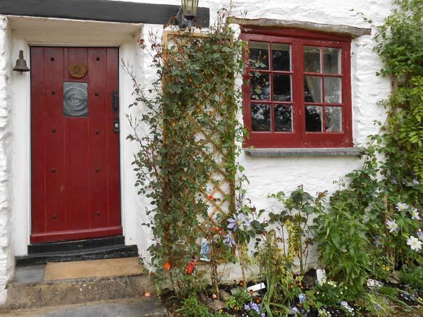 - Tuckermarsh Quay River Cottage 2