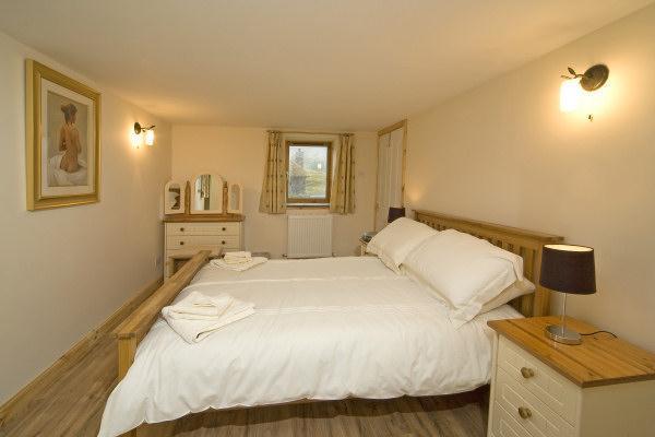 Clan MacKenzie No. 2 Double bedroom