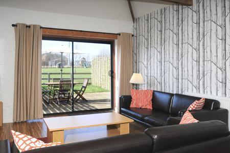 Woodpecker Cottage Lounge view