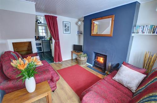 Snaptrip - Last minute cottages - Stunning Blaenau Ffestiniog Rental S13423 - WAG555 - Sitting Room