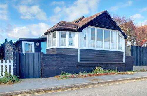 Snaptrip - Last minute cottages - Captivating Southwold Rental S13424 - Exterior